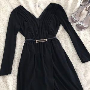 ZARA Vneck black long sleeve dress
